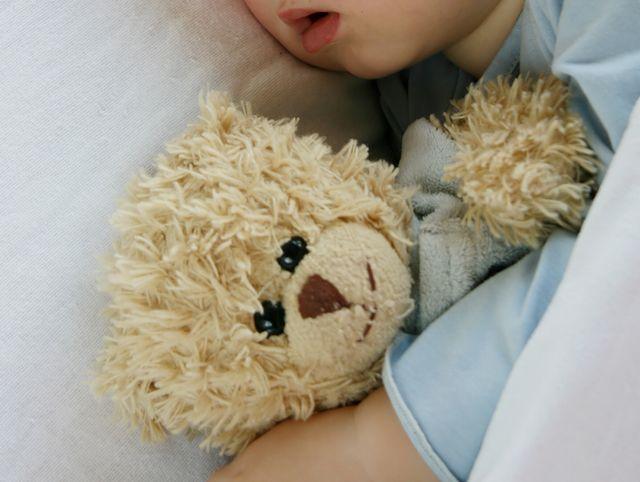 赤ちゃんの肌に優しい『布のおもちゃ』