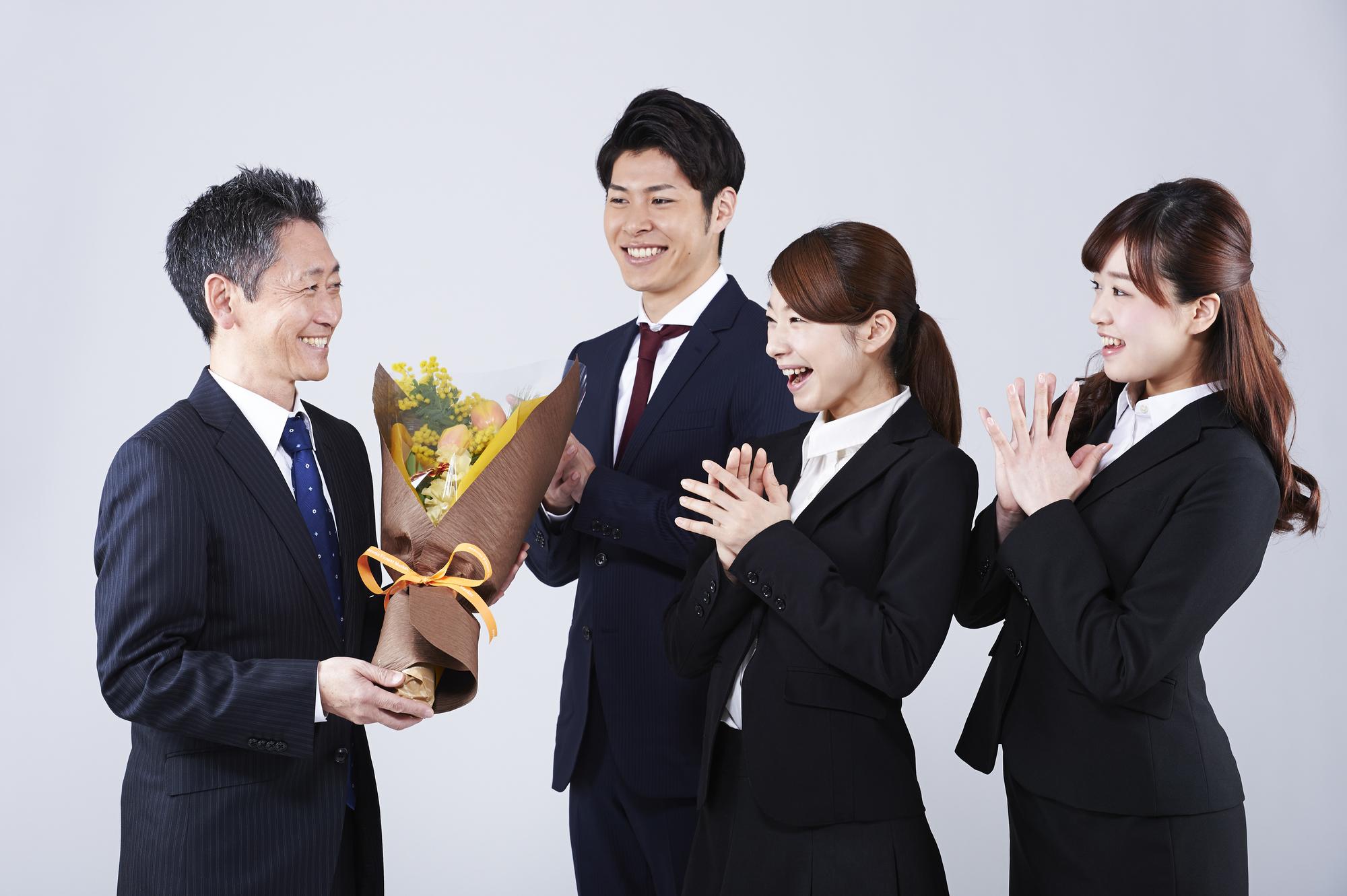 お世話になった上司への退職祝いの選び方~喜ばれるギフトは何?