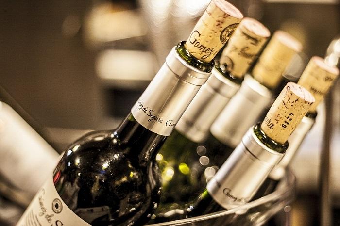 ワインボトルの画像